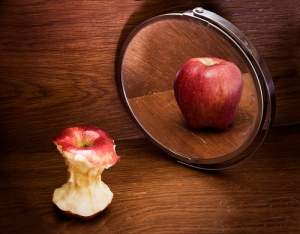 Apple in Mirror