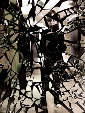"""Broken Mirror"" by Edward Van Helgen @ deviantart.com"