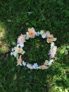 circlet of flowers 2