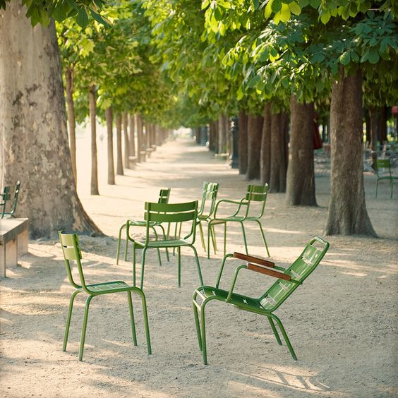 tuileries chairs
